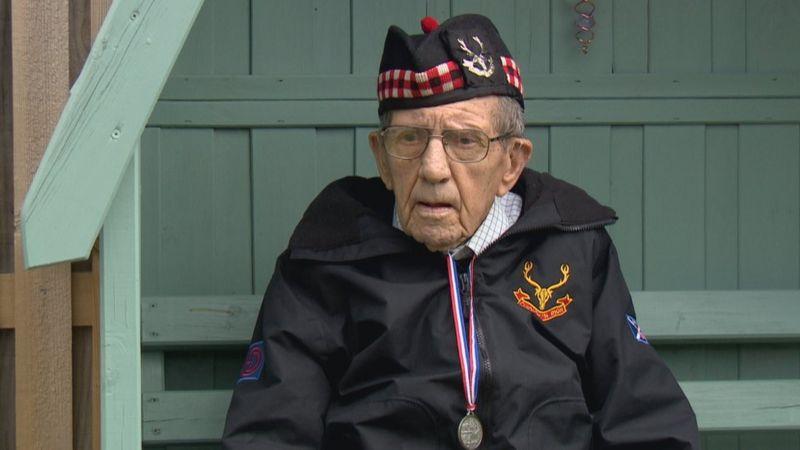 Donald Smith slaví 100 let